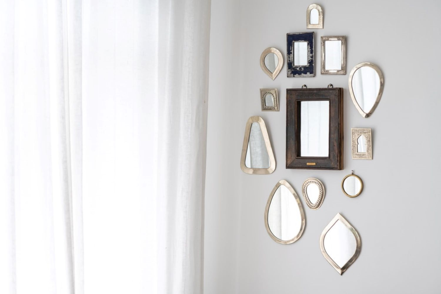 14 Wonderful Wall Decor Ideas at Home