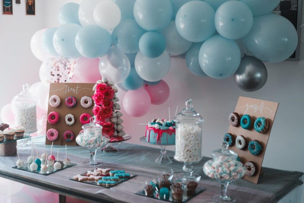 decorate a room for the birthday