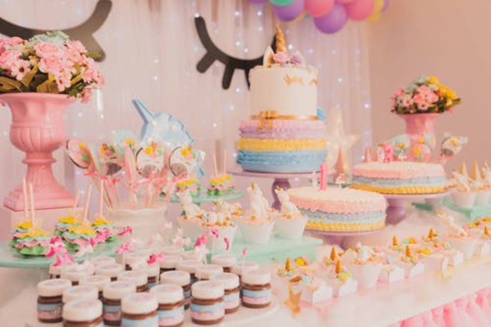 decorate a room for the birthday 7