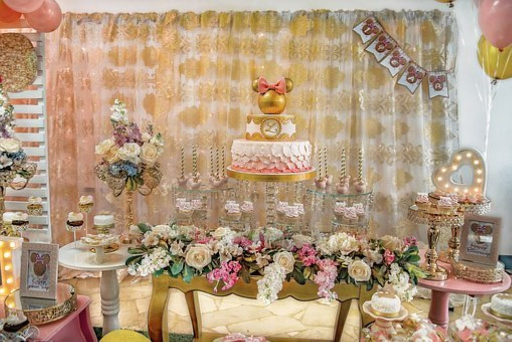 decorate a room for the birthday6