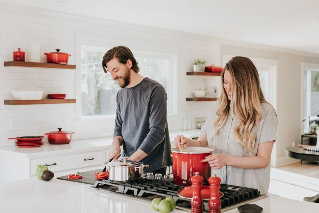 How To Decorate Your Kitchen, Read These 8 Tips