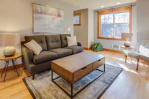 5 Simple And Practical Tips To Arrange Living Room Furniture In A Rectangular Room